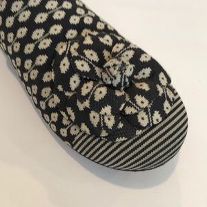 CHANEL Shoes - Authentic Chanel Camillia canvas flats.  Sz 40.